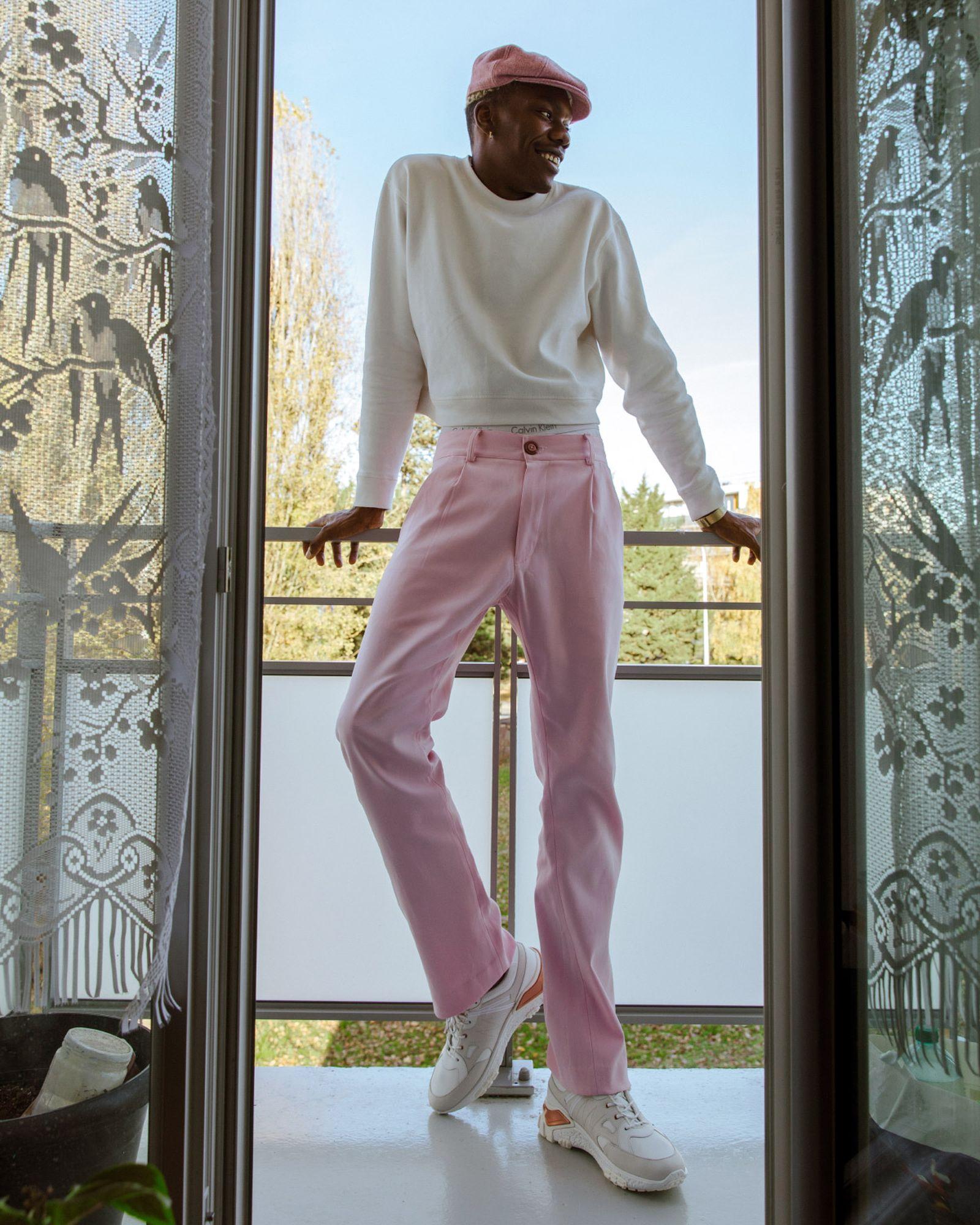 gogo-lupin-hogan-sneaker-pink-paris-06