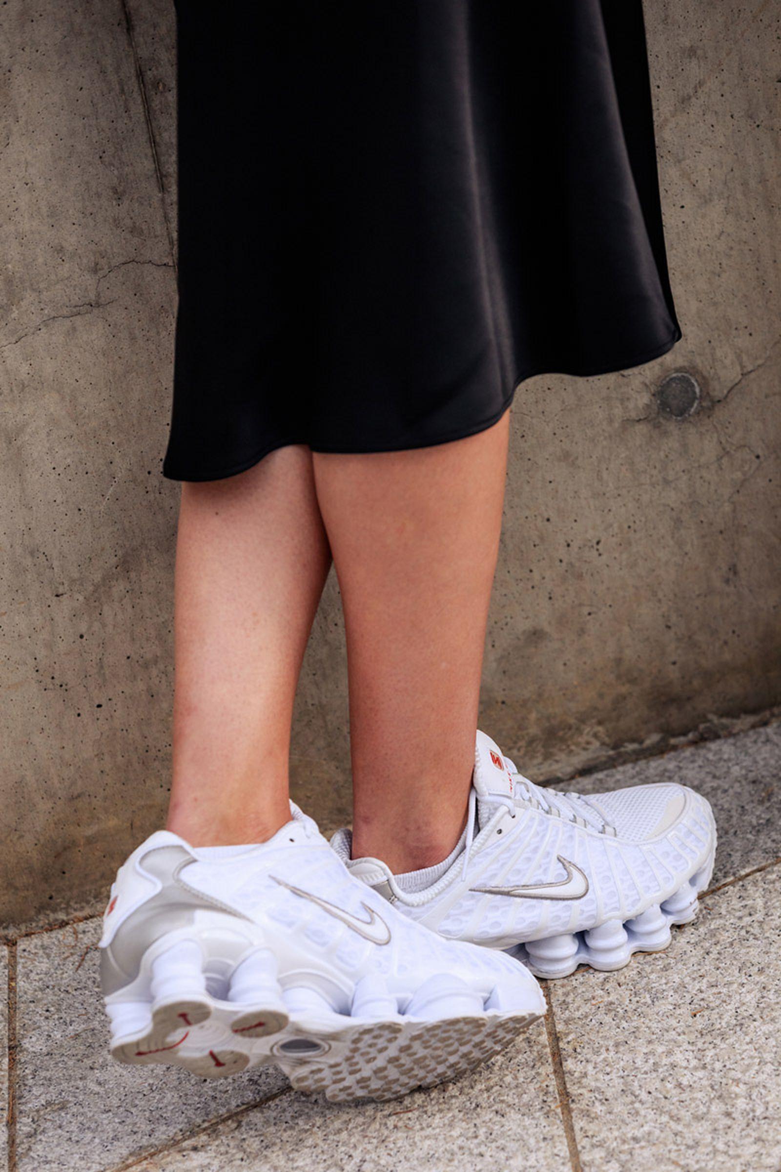seoul-fashion-week-sneaker-street-style-ss20-4