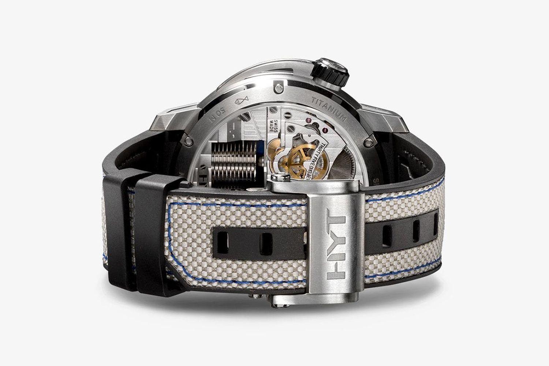 Skull 35 Jewels Watch