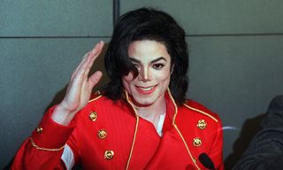 Michael Jackson Tops Forbes' Highest-Paid Dead Celebrities With $400 Million