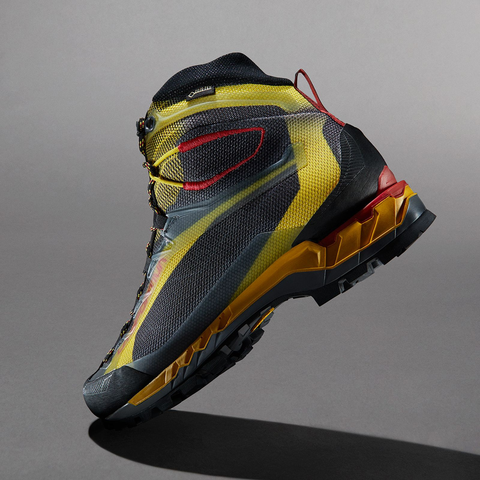 04tested-5-trekking-boots-find-best-outdoors-style-