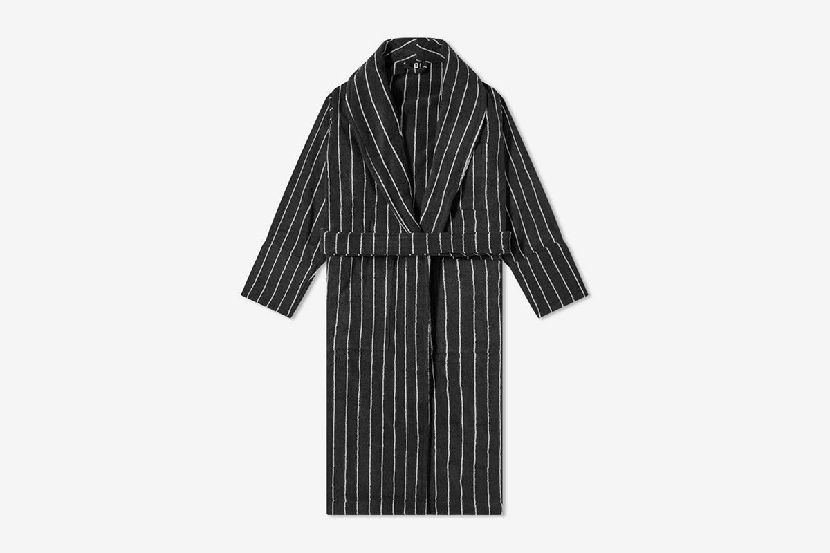 The Best Luxury Bathrobes to Buy Right Now