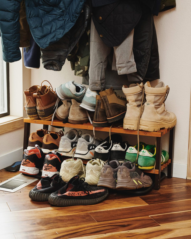 Here To Sneaker Disrupt SmithMaster Steven DesignerIs HYeD2IWEb9