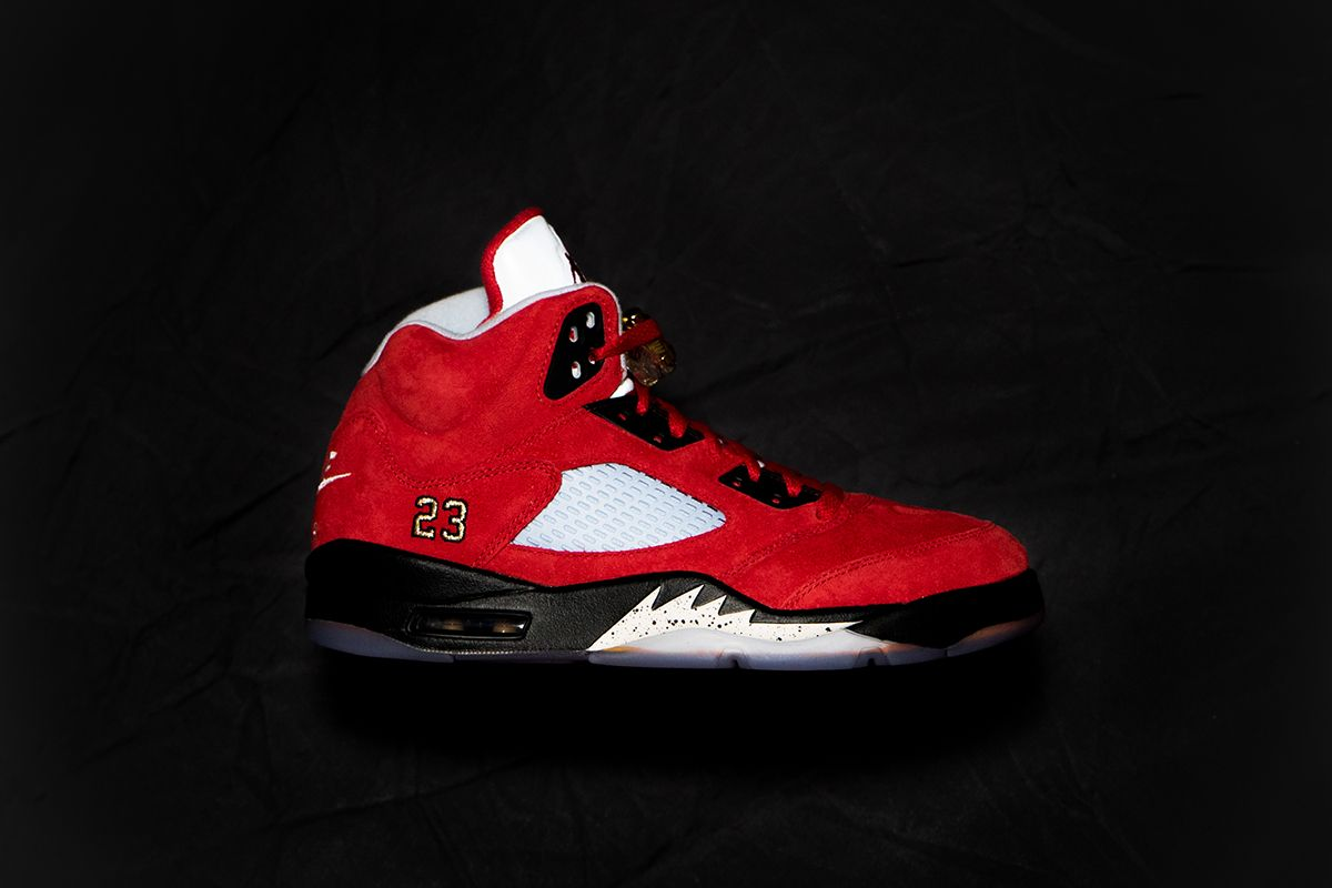 new concept 8ddef 34d5f In addition to the blue TROPHY ROOM x Air Jordan 5, TROPHY ROOM presents a  special red iteration designed for friends and family. Limited to just 223  pairs, ...