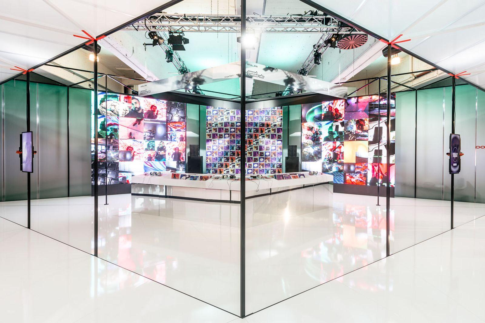 inside-google-boilerroom-pixel-2-berlin-launch-13