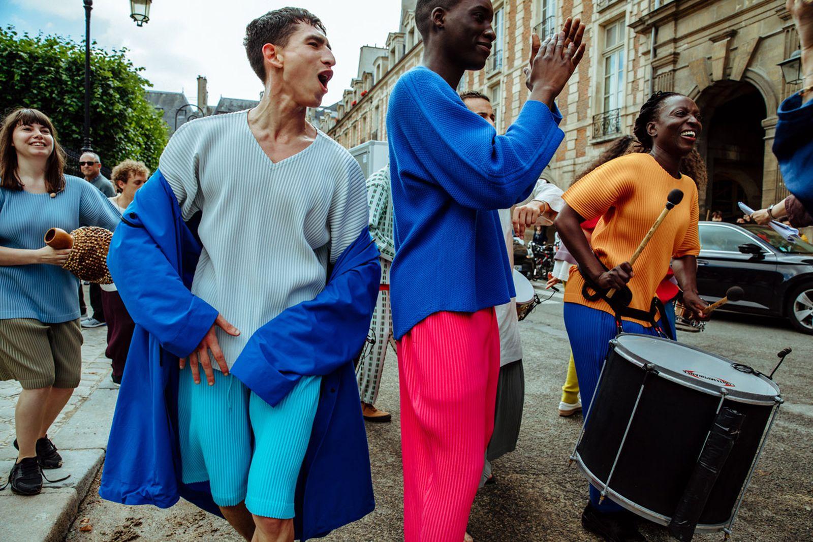 MSS20 Paris IsseyMiyake JulienTell ForWeb 20 Issey Miyake HOMME PLISSÉ paris fashion week runway