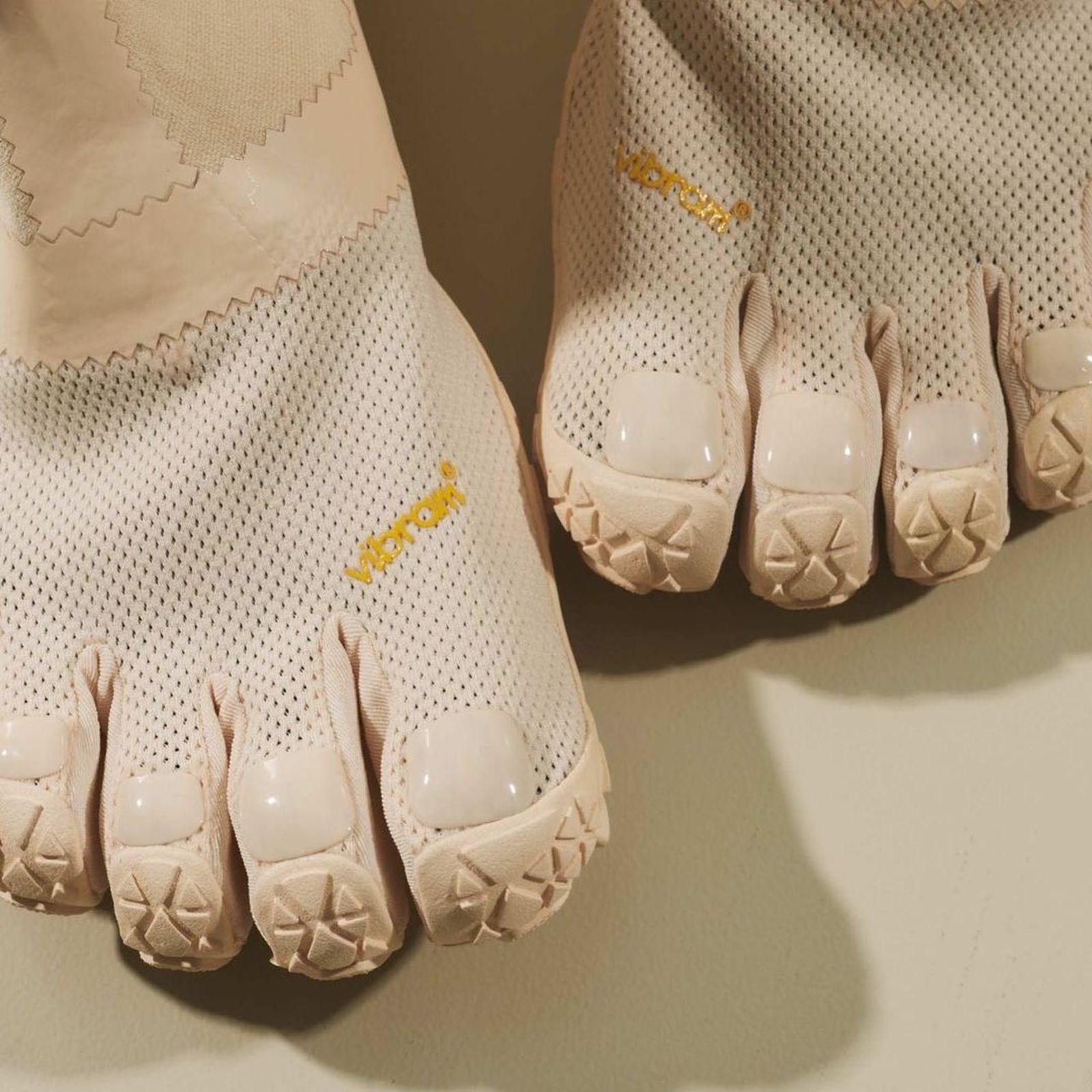 vibram-suicoke-midorikawa-toe-shoe-01