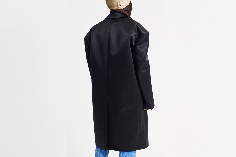 6 Ball Coat