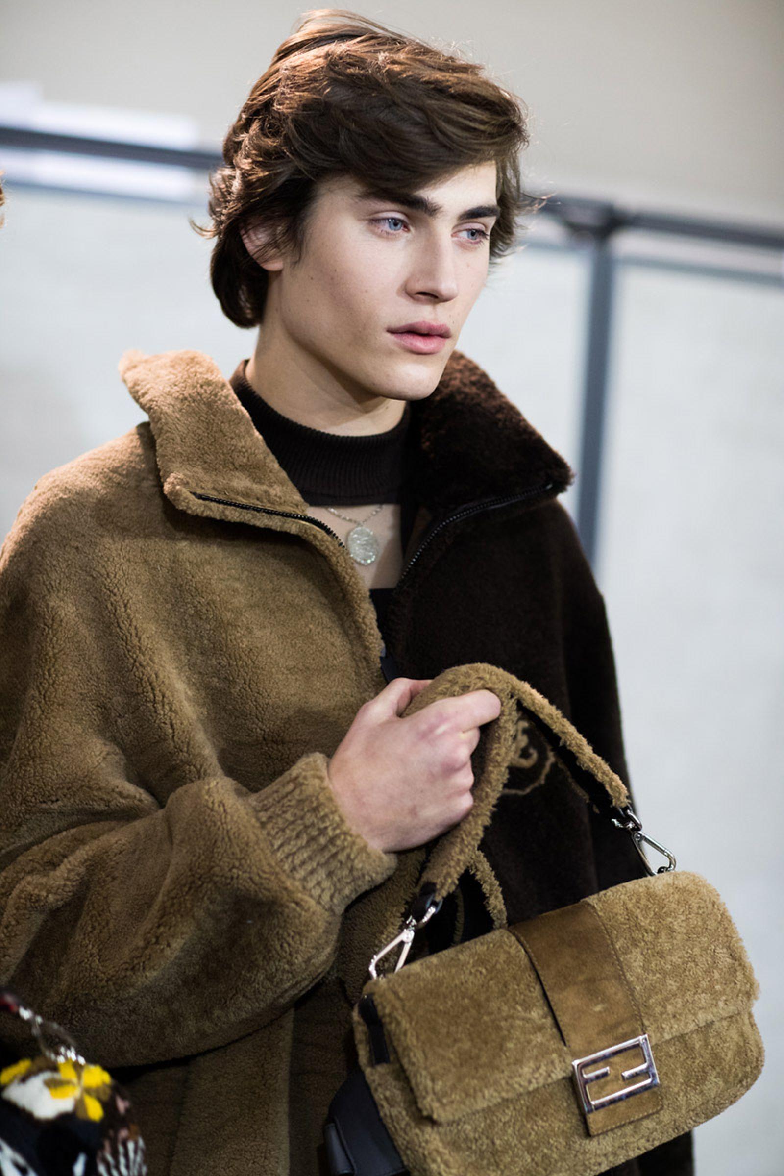 MFW19 Milan Fendi EvaAlDesnudo 16 milan fashion week prada runway