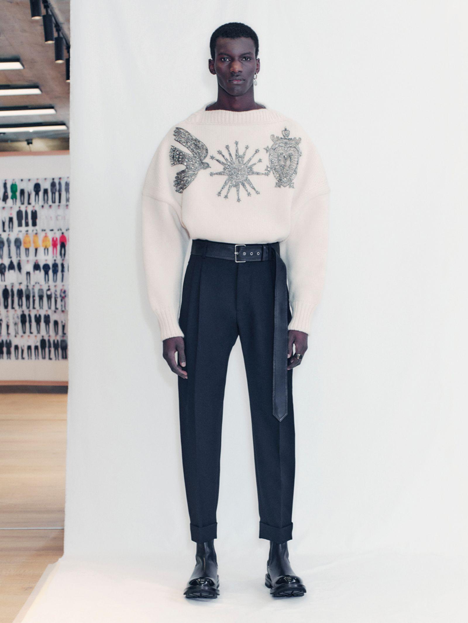 alexander-mcqueen-fall-winter-2021-collection- (20)