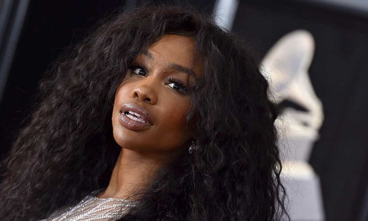 SZA attends the 60th Annual GRAMMY Awards