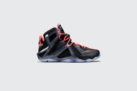 new style 068b7 1047c Nike Lebron XII Elite