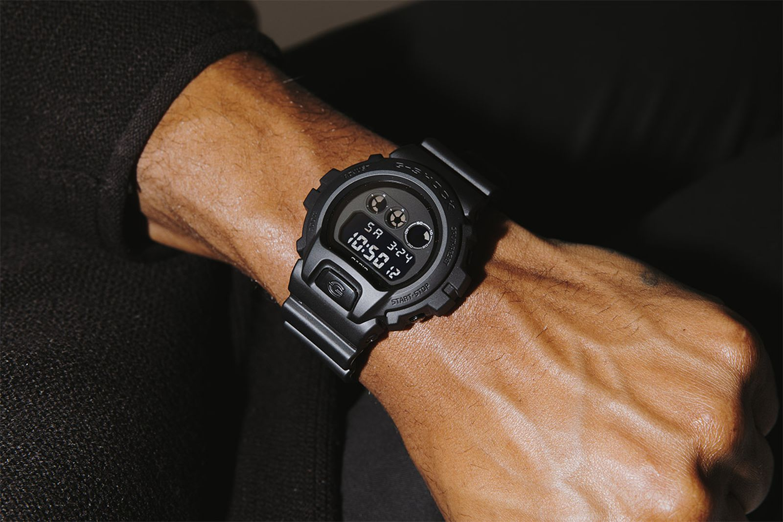 g-shock-dw6900-stealth-military-watch-01