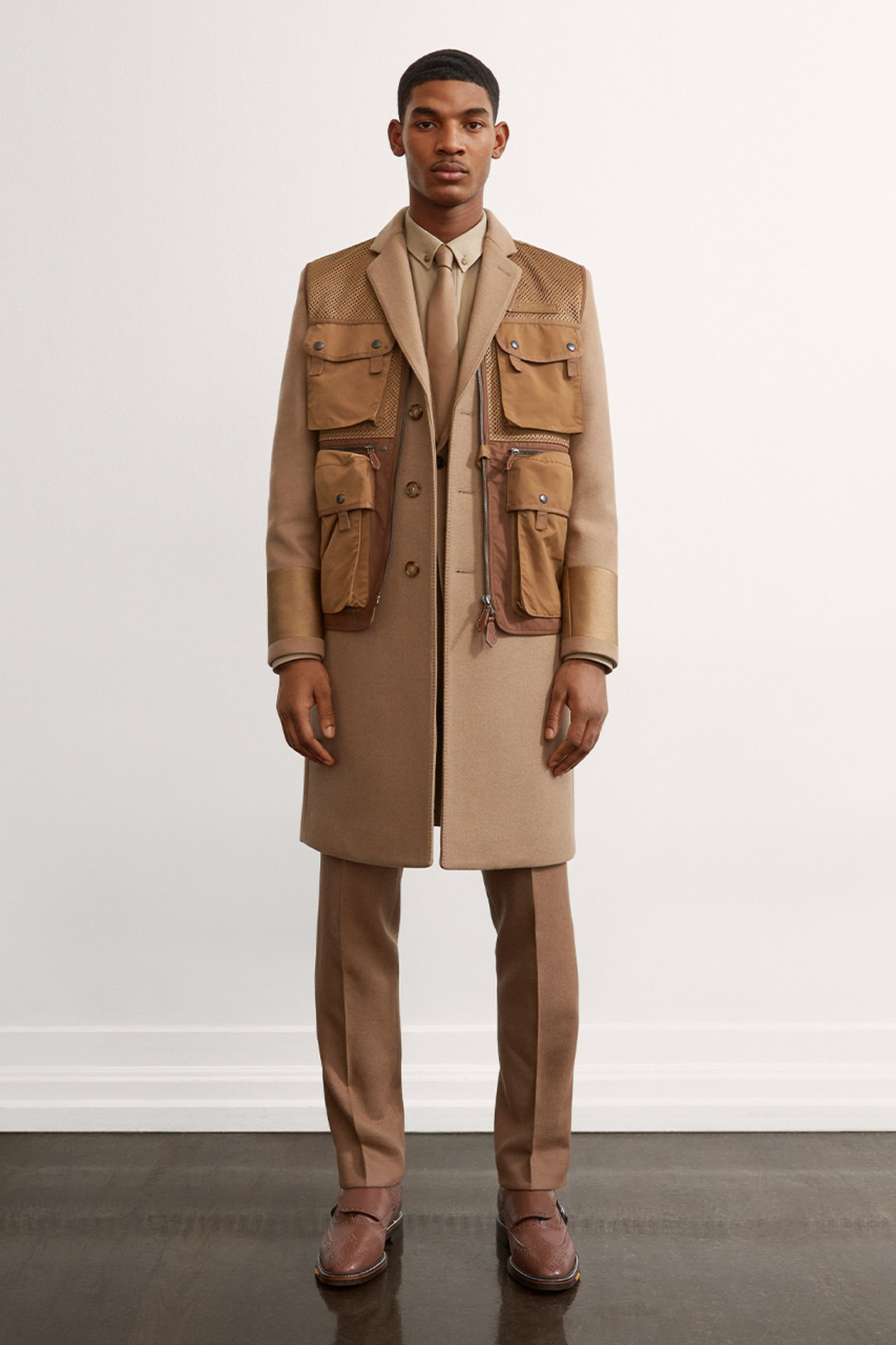 burberry-fall-winter-2021-pre-collection-lookbook-8