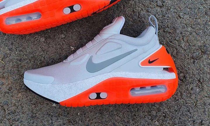 Nike Adapt LE 01