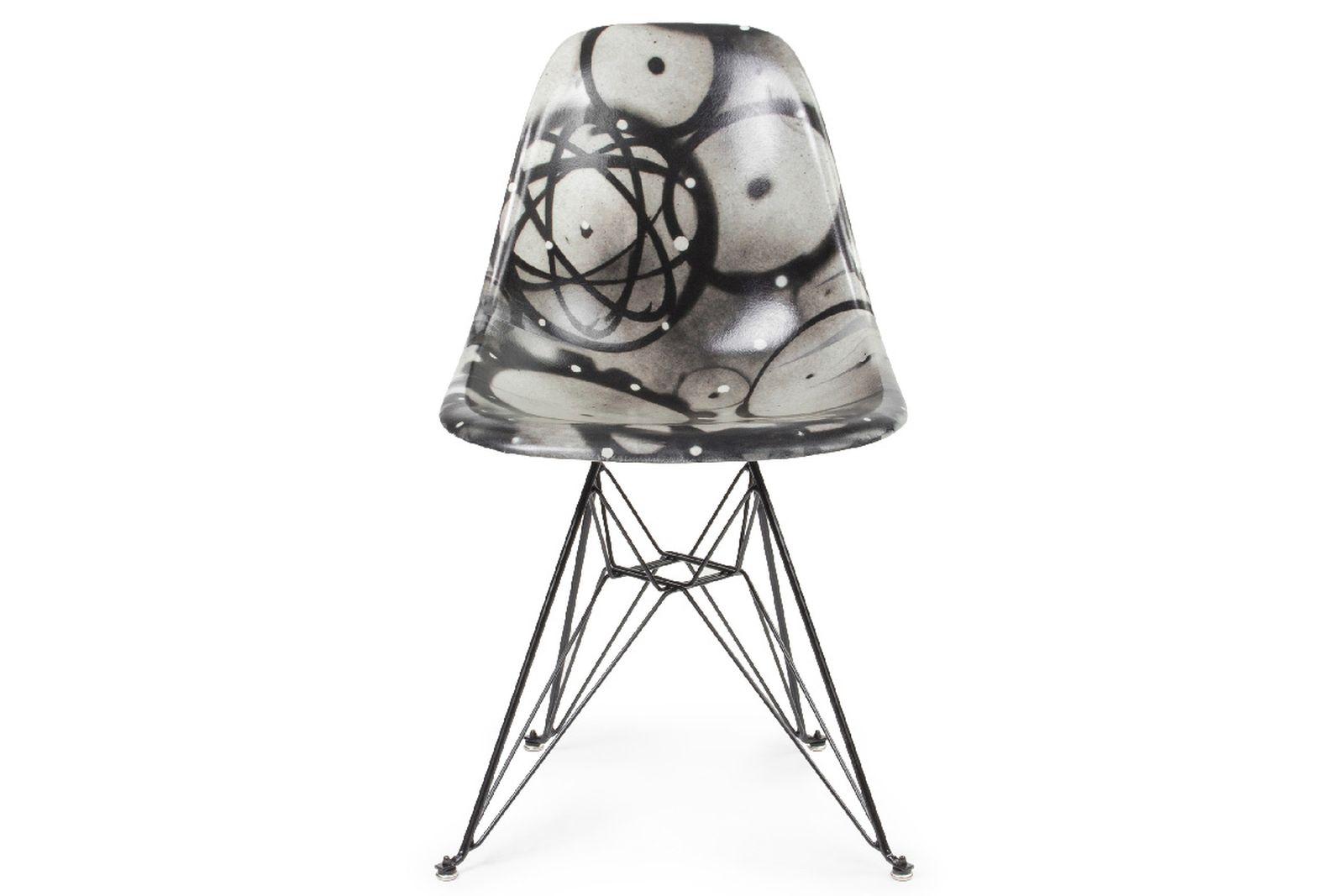 beyond the streets modernica artist series collab Shepard Fairey futura 2000 jean michel basquiat