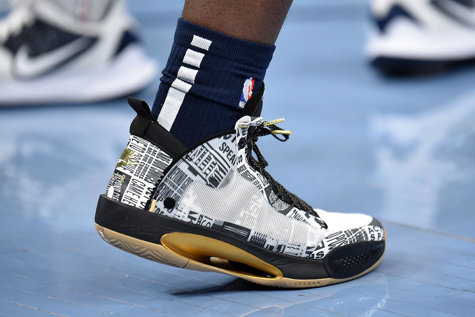 zion-williamson-nike-air-jordan-34-bhm-01
