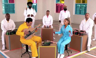 Watch Ariana Grande & The Roots Jam Using Nintendo Labo