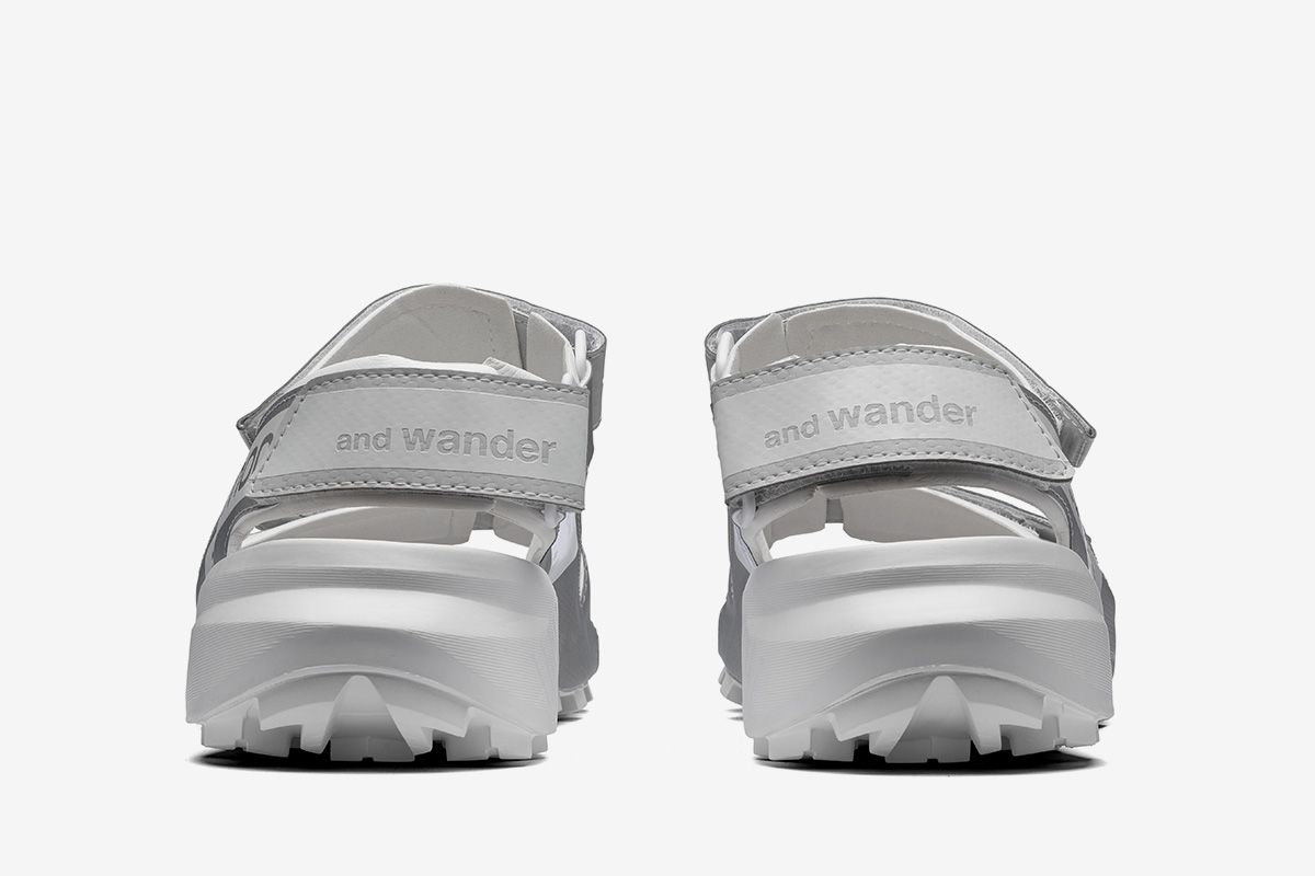 and wander's New Salomon Sandals Can Scale Mountains 39