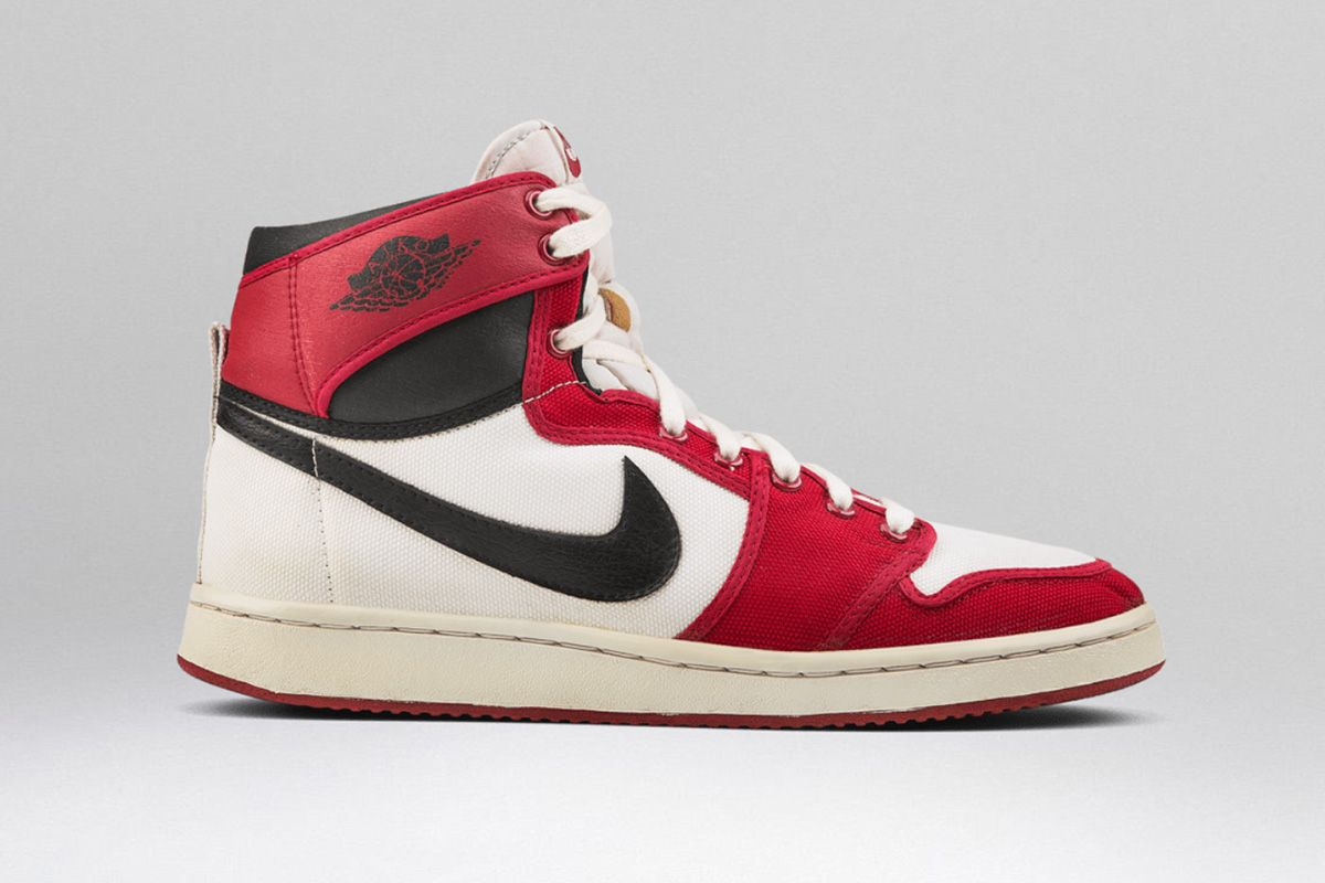 reputable site dc8c8 2ce23 Air Jordan 1  A Beginner s Guide to Every Release   Highsnobiety