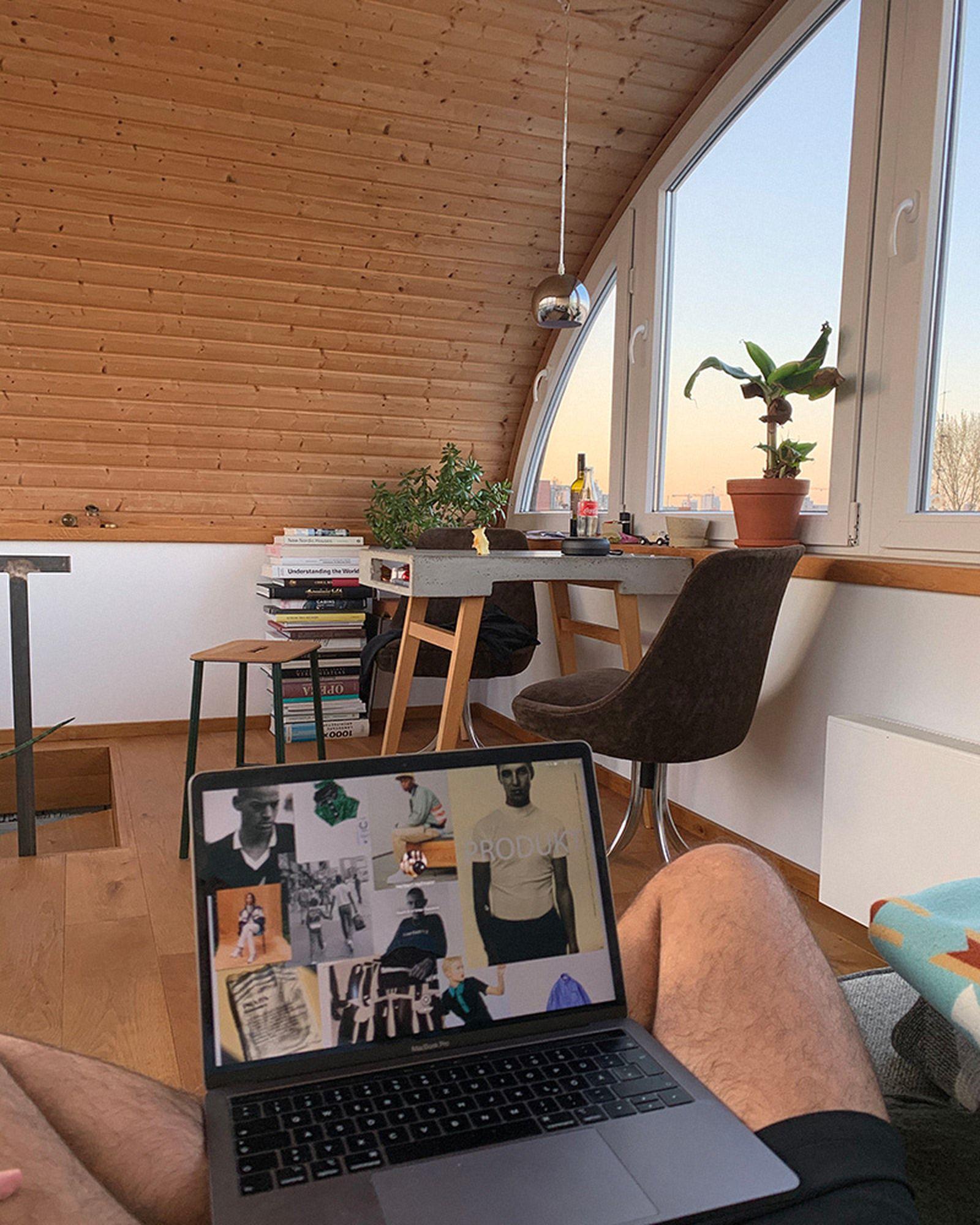 wfh-office-tour-look-inside-home-offices-herbert-05