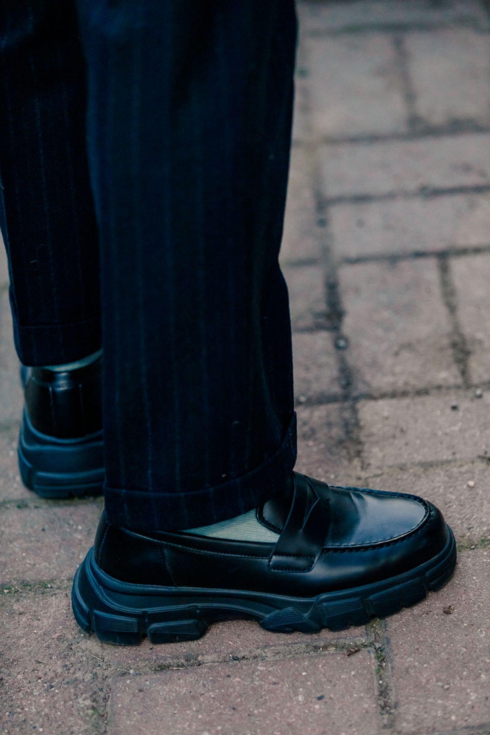 milan-fw20-sneaker-streetstyle-15
