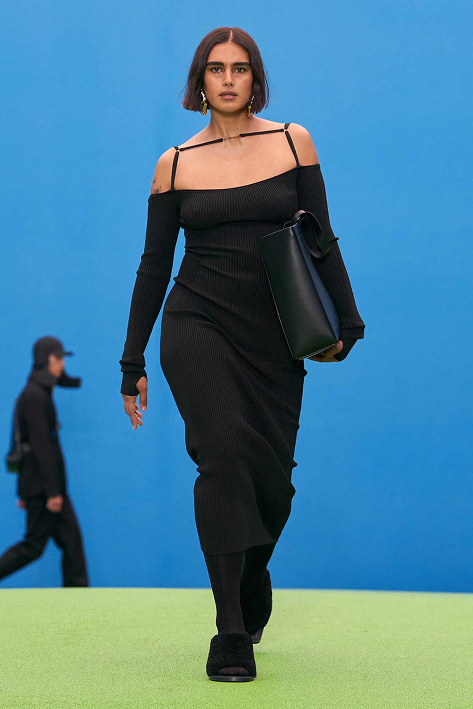 jacquemus-ss22-show-report-shopping-list-04
