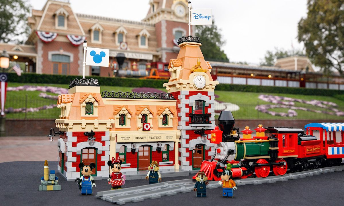 LEGO Recreates Disneyland's Iconic Train Station With 3,000-Piece Set