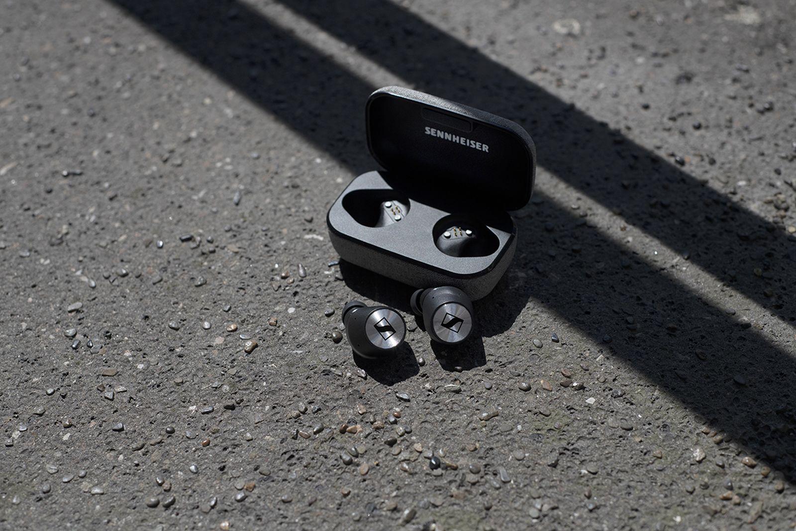 sennheiser momentum wireless earphones headphones