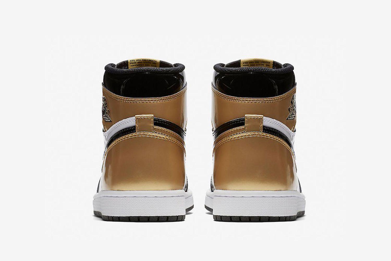 "Air Jordan 1 Retro High OG ""Gold Toe"""