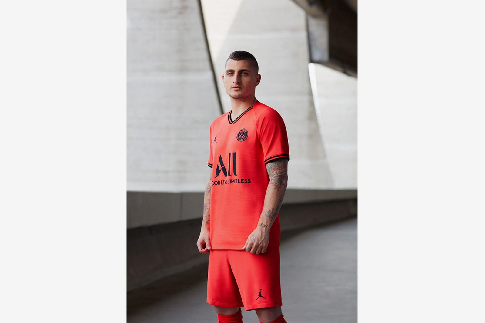 Jordan Brand Debuts Infrared Paris Saint Germain Kit