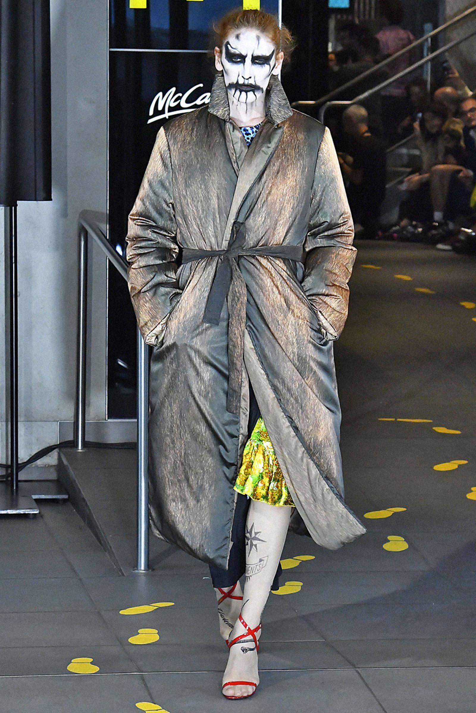 Vetements : Runway Paris Fashion Week Menswear Spring/Summer 2020 demna gvasalia ss19