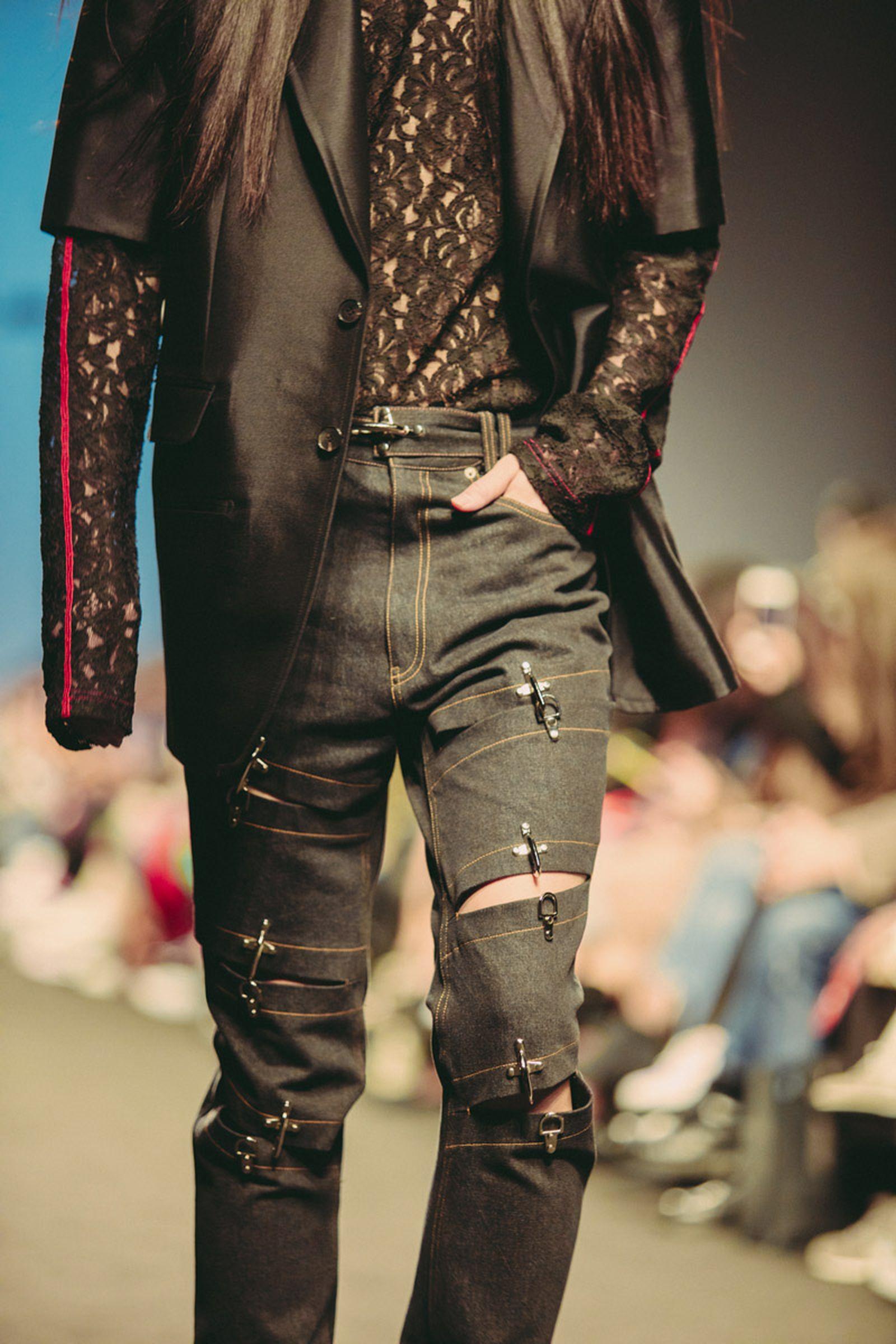 Han Chun Lee seoul fashion week