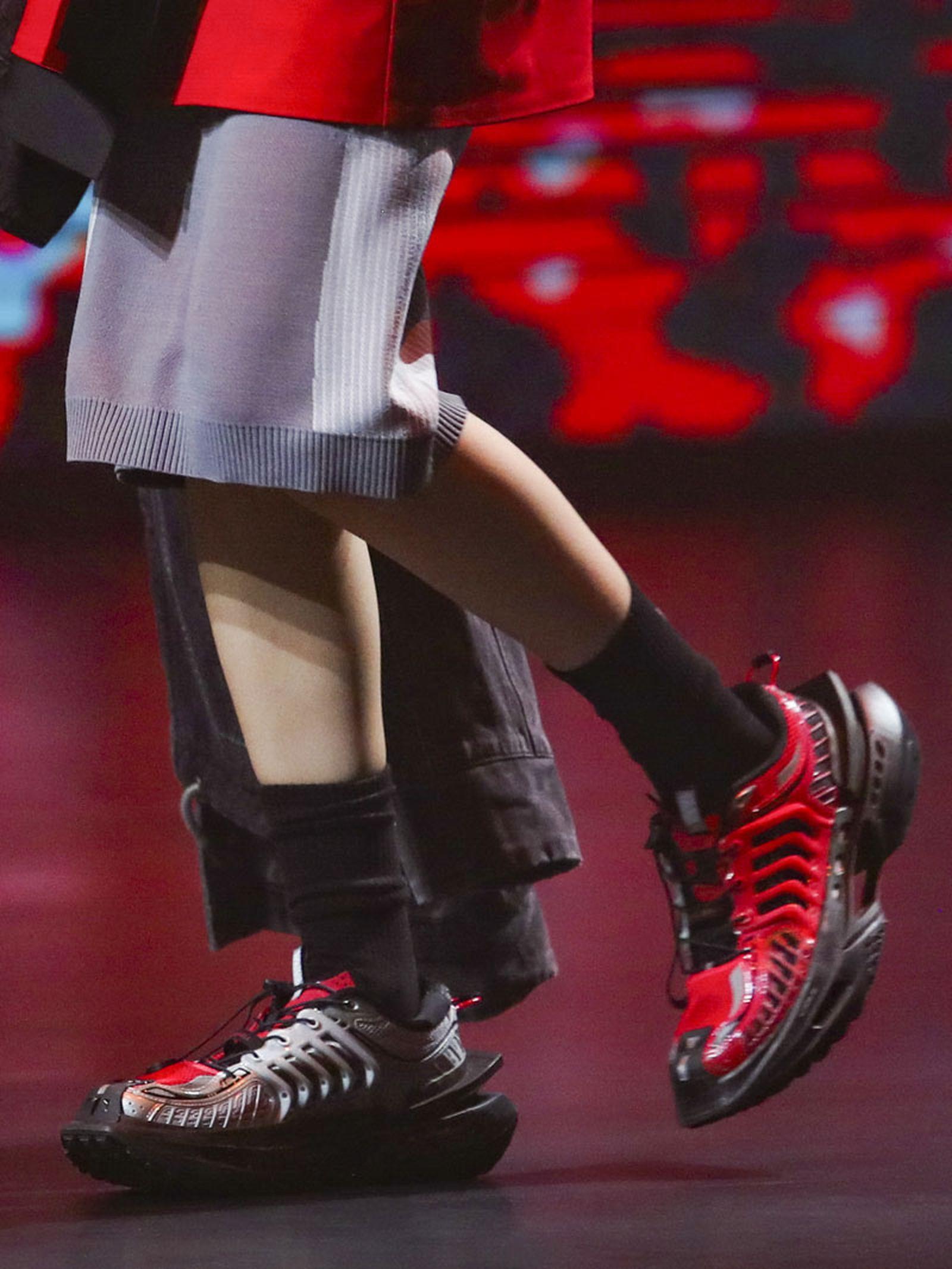 li-ning-ss21-footwear-collection-paris-fashion-week-013