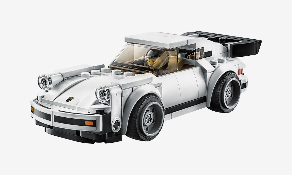 LEGO's Porsche 911 Replica Is a Treat for Sports Car Fans