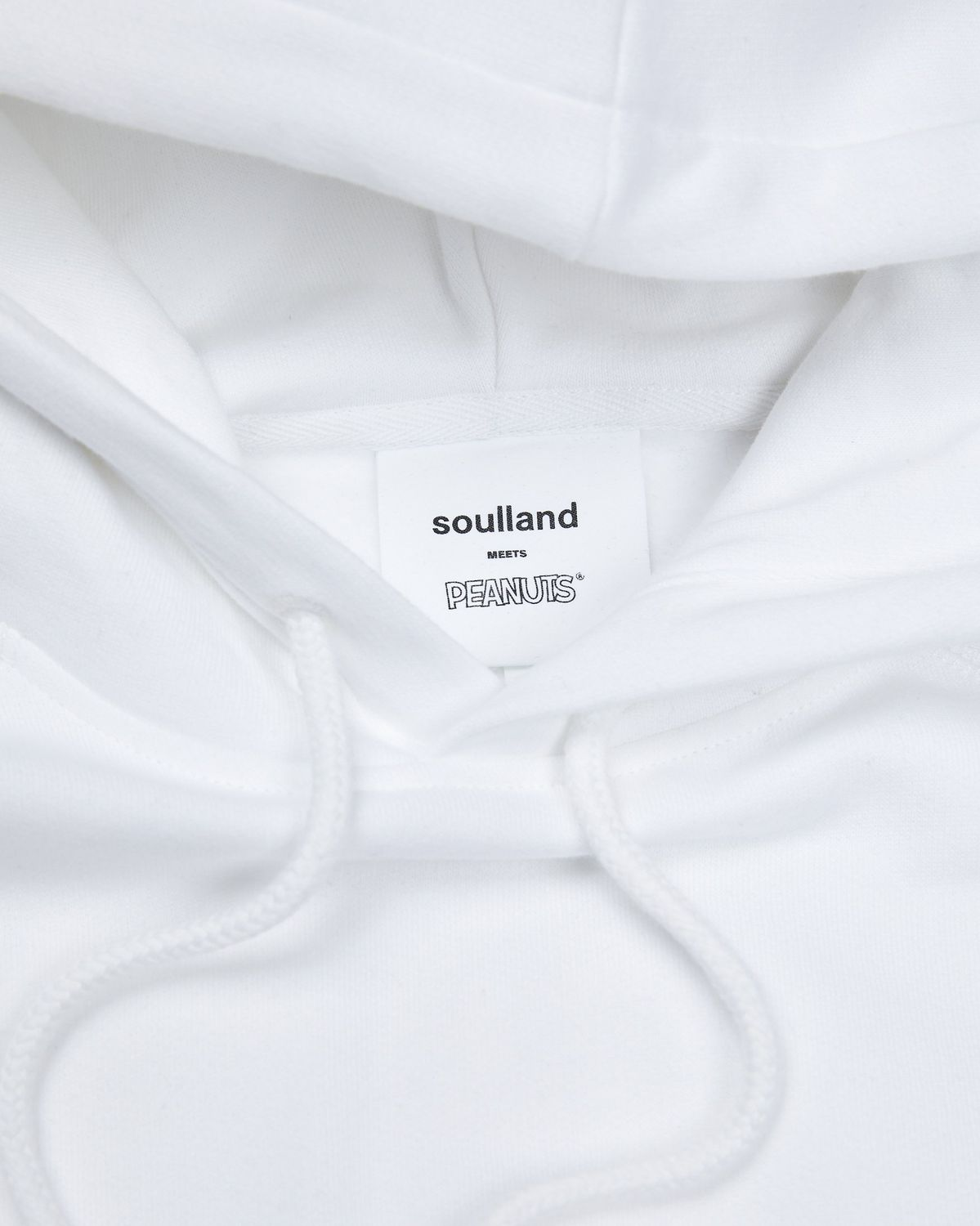 Colette Mon Amour x Soulland —  Snoopy Bed White Hoodie - Image 3