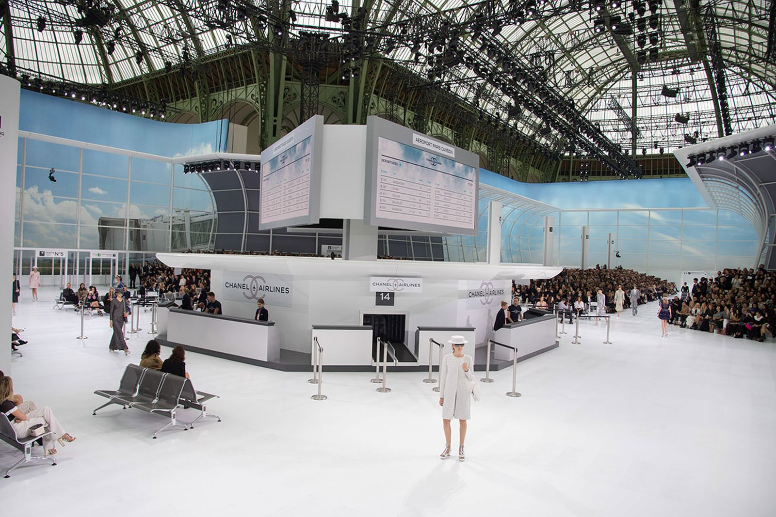 most ridiculous chanel shows Fendi karl lagerfeld
