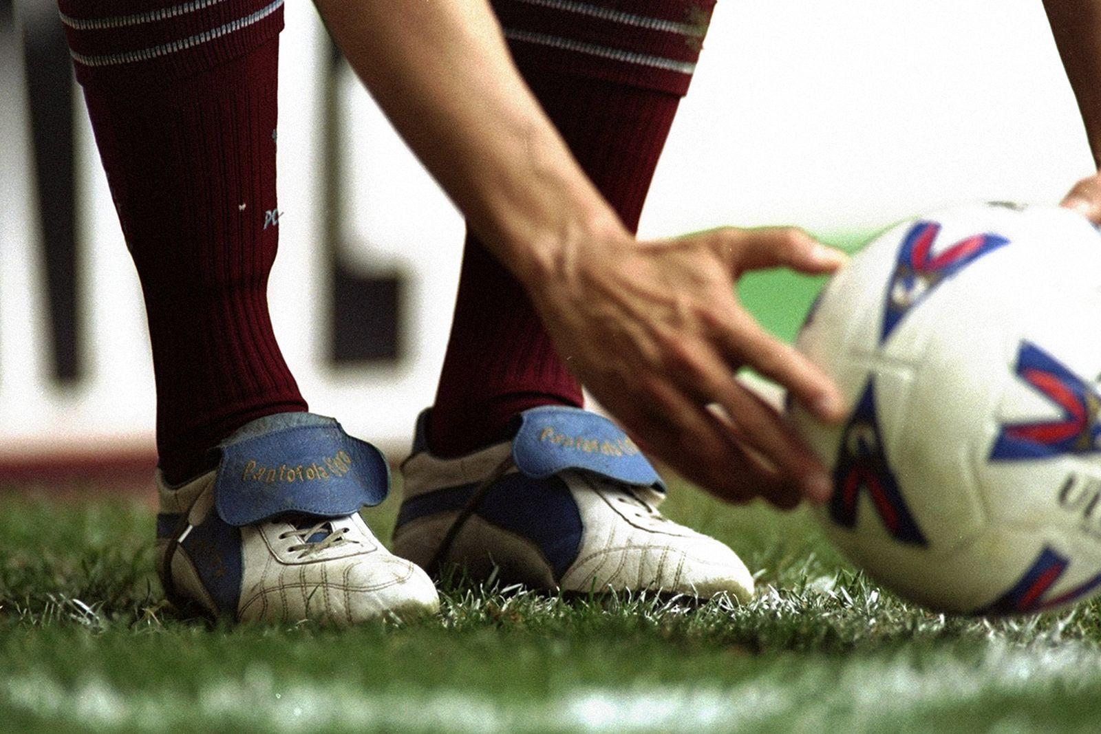 football-boots-pantafolo-diora