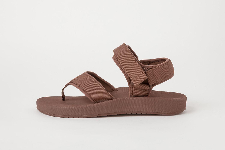 U Sandals