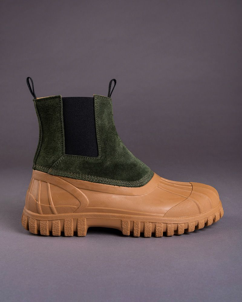 The Only Podcast That Matters Just Came Through With the Only Duck Boot That Matters 11