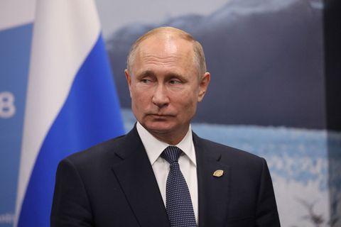 vladimir putin russian rap