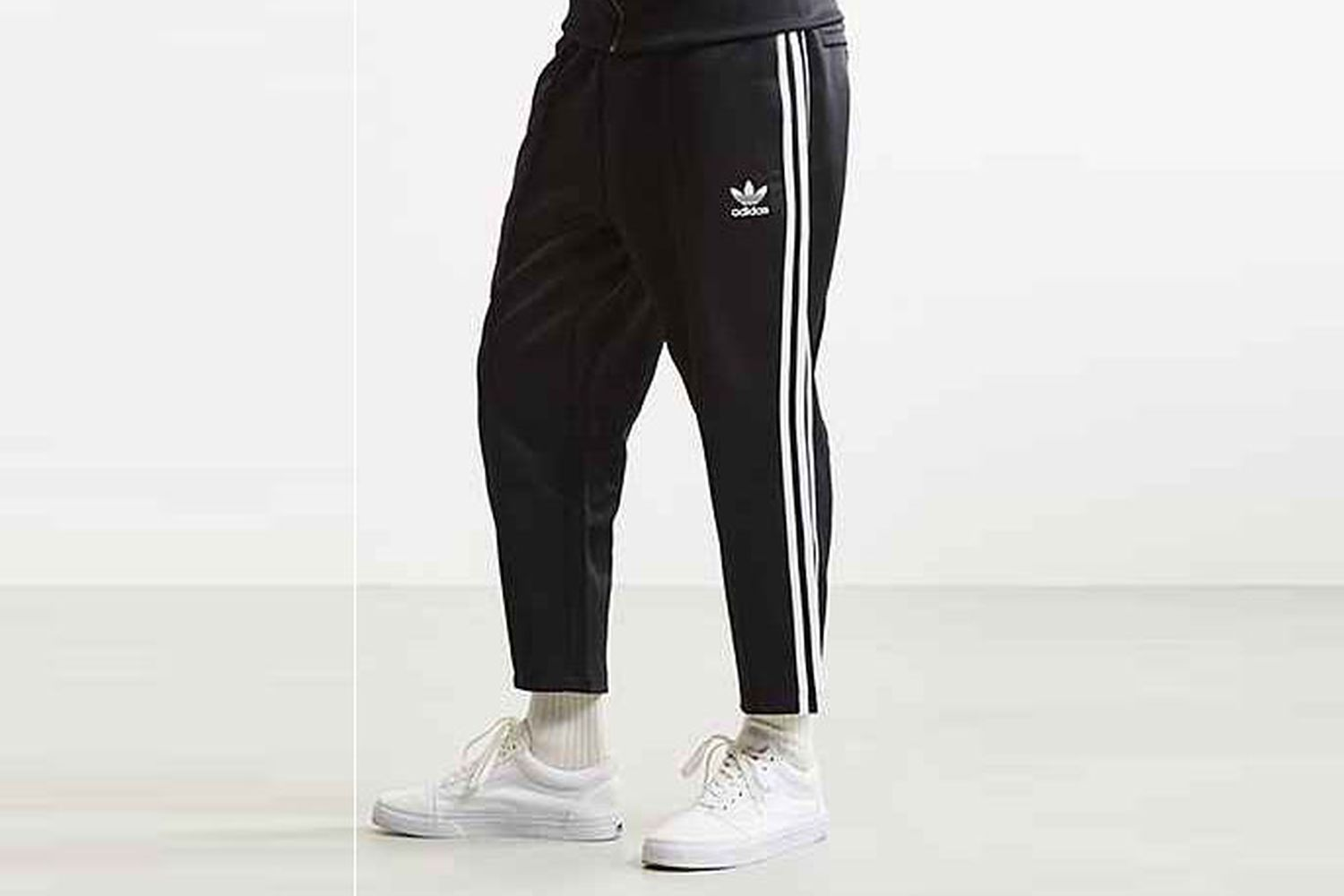 Superstar Relaxed Cropped Track Pant