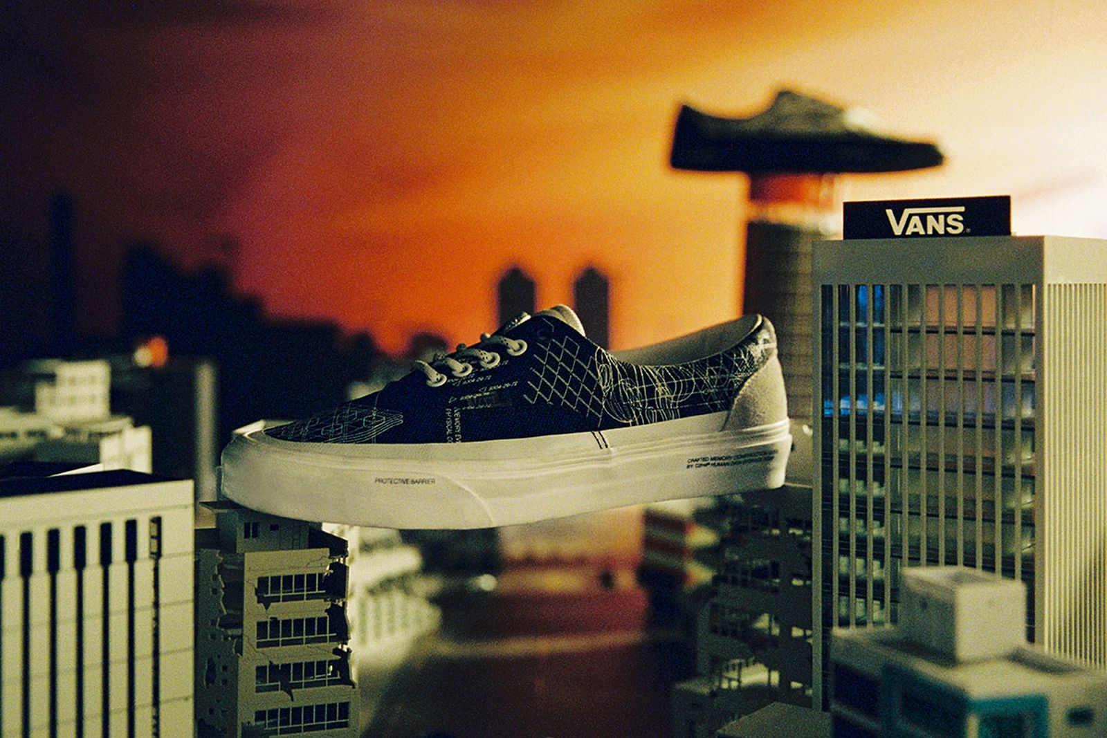 c2h4-vans-the-imagination-of-future-2-release-date-price-a-08