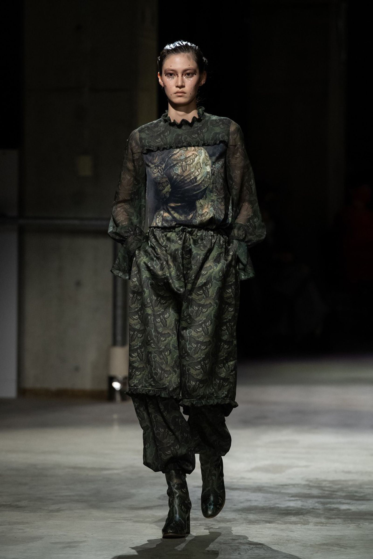 undercover-fw21-show-tokyo-fashion-week-15