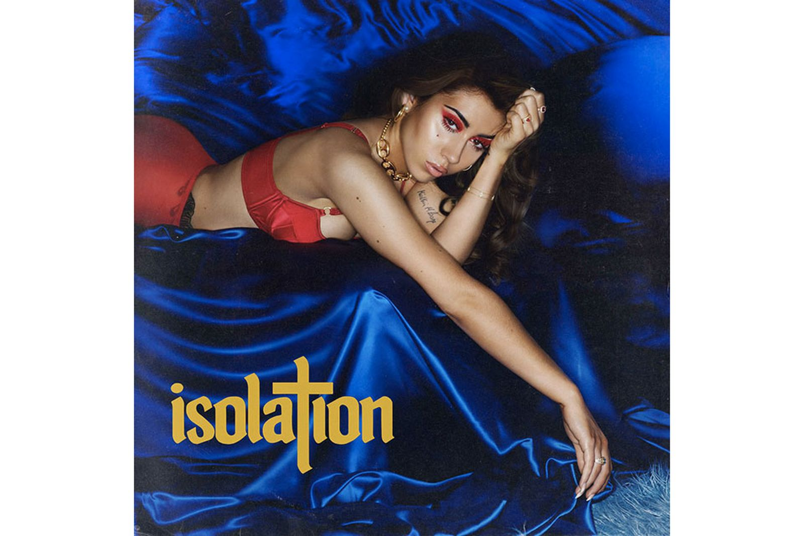 kali uchis isolation review