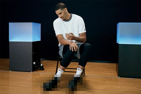 nike adapt basketball sneaker