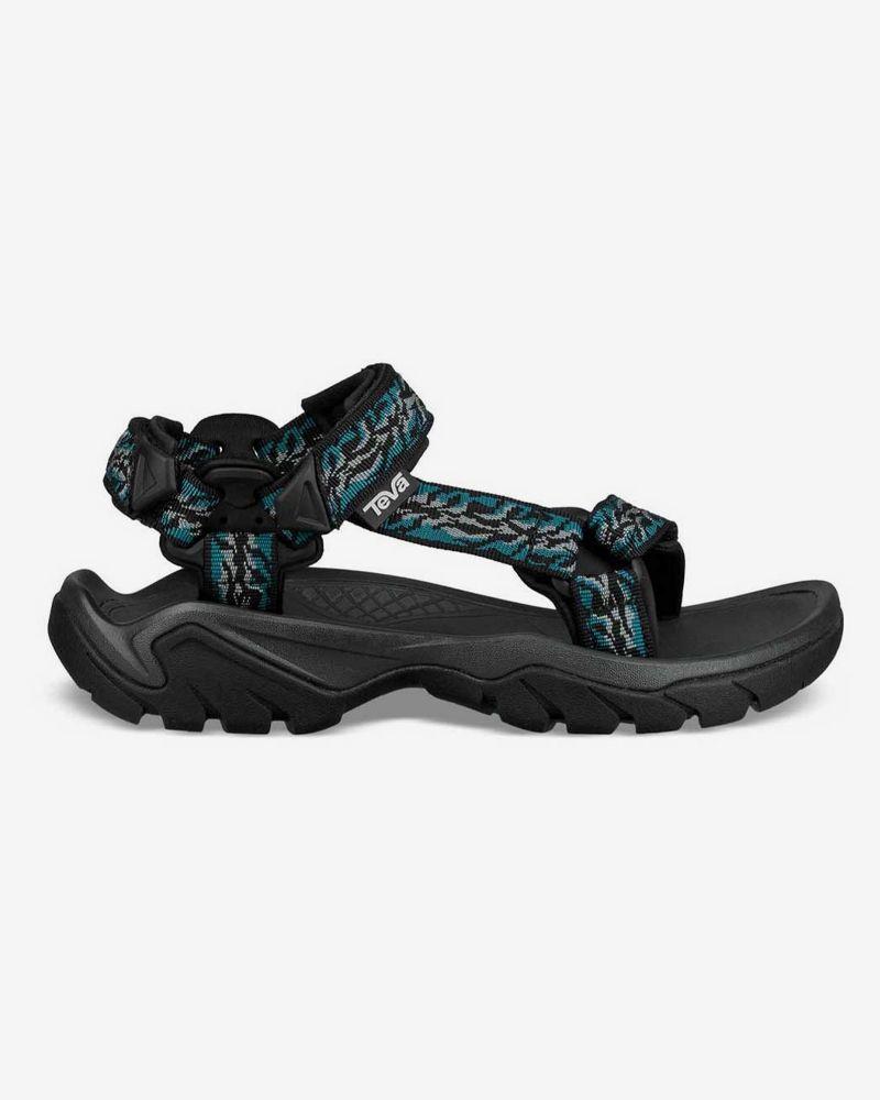 How Sandal Is Too Sandal? Our Editors Debate the Season's Dad-iest Sandals 33