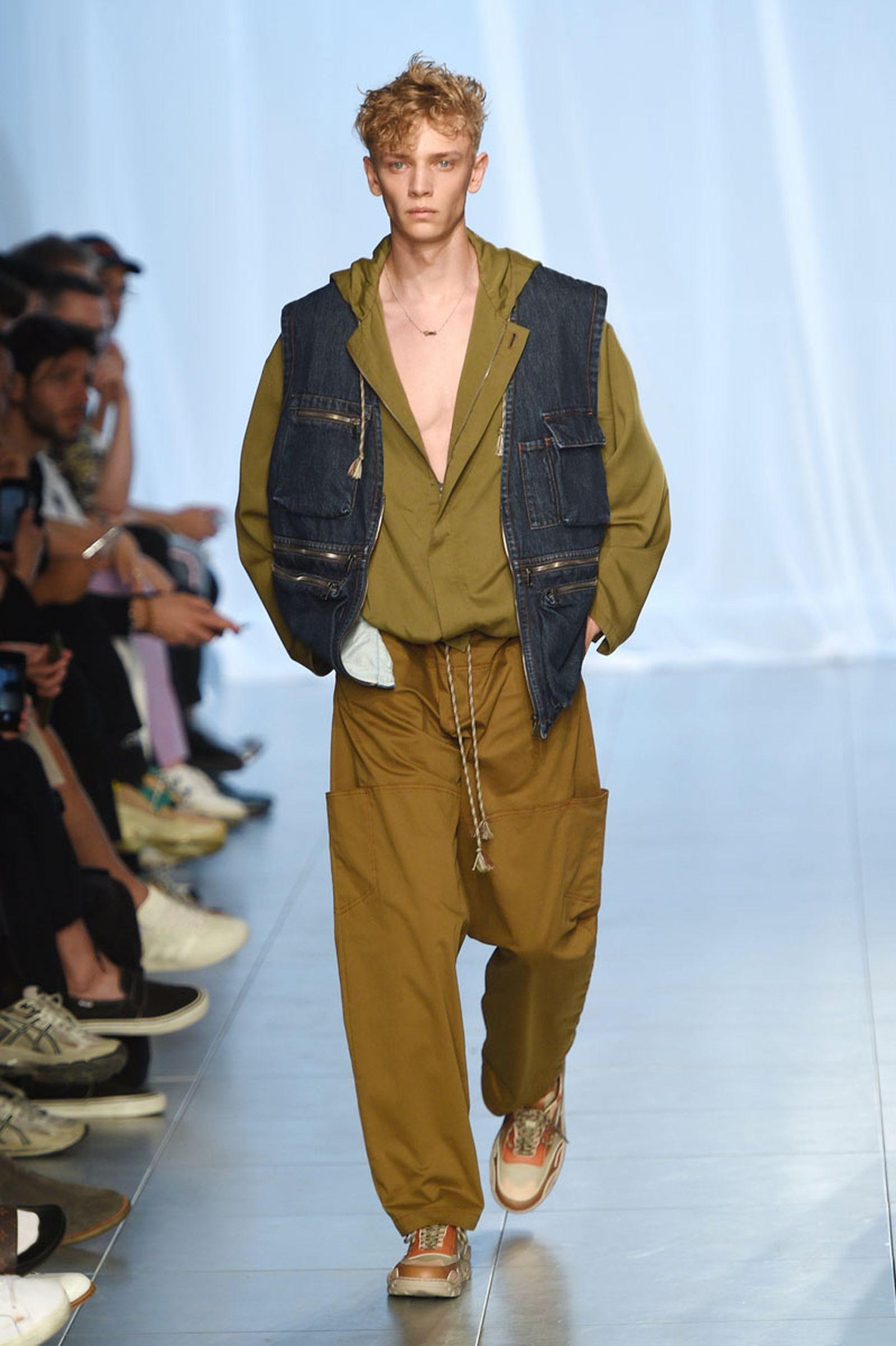 qasimi clothing UTR