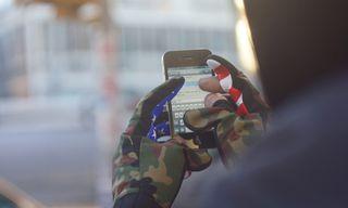 Chari & Co NYC Smart Glove Mike Hernandez Model