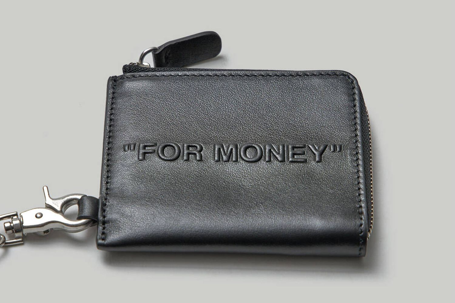 Bold Quote Chain Wallet